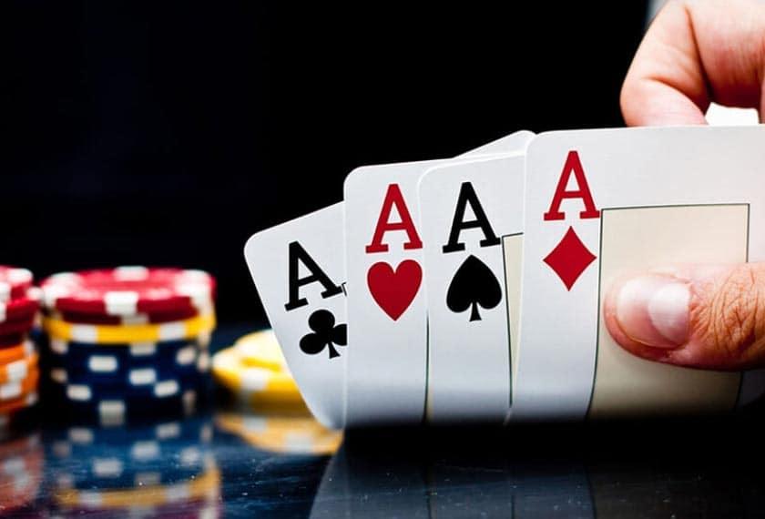 Chơi Poker tại Casino live Nbet